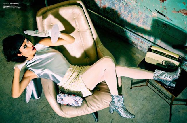 ADRIANA LIMA IN FACTORY GIRL BY PHOTOGRAPHER ELLEN VON UNWERTH