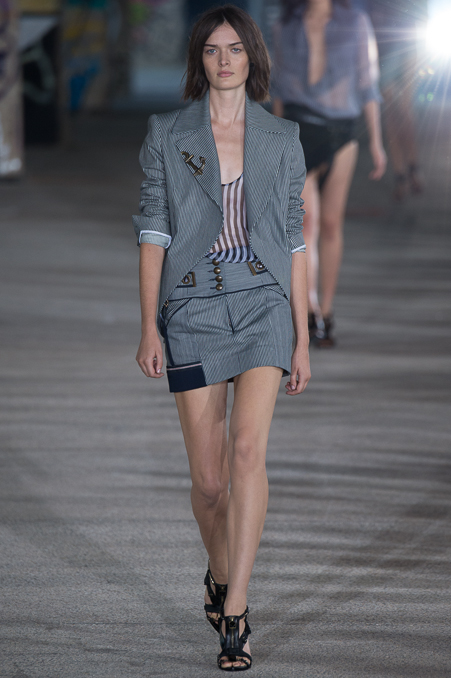 Anthony Vaccarello SS 2015 PFW (11)