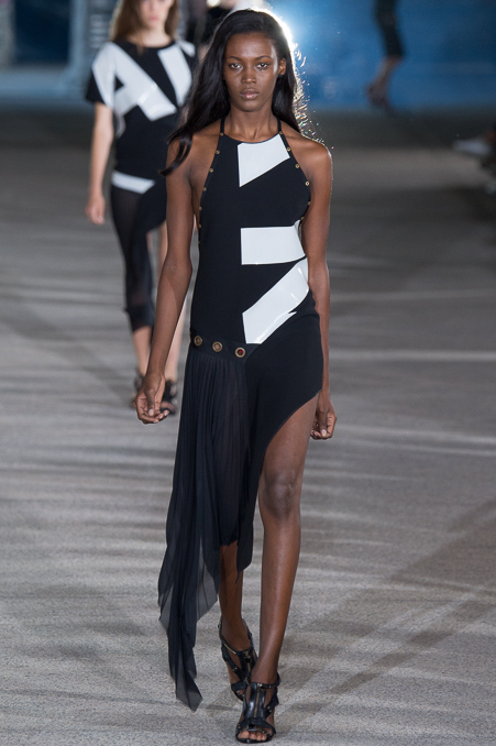 Anthony Vaccarello SS 2015 PFW (20)
