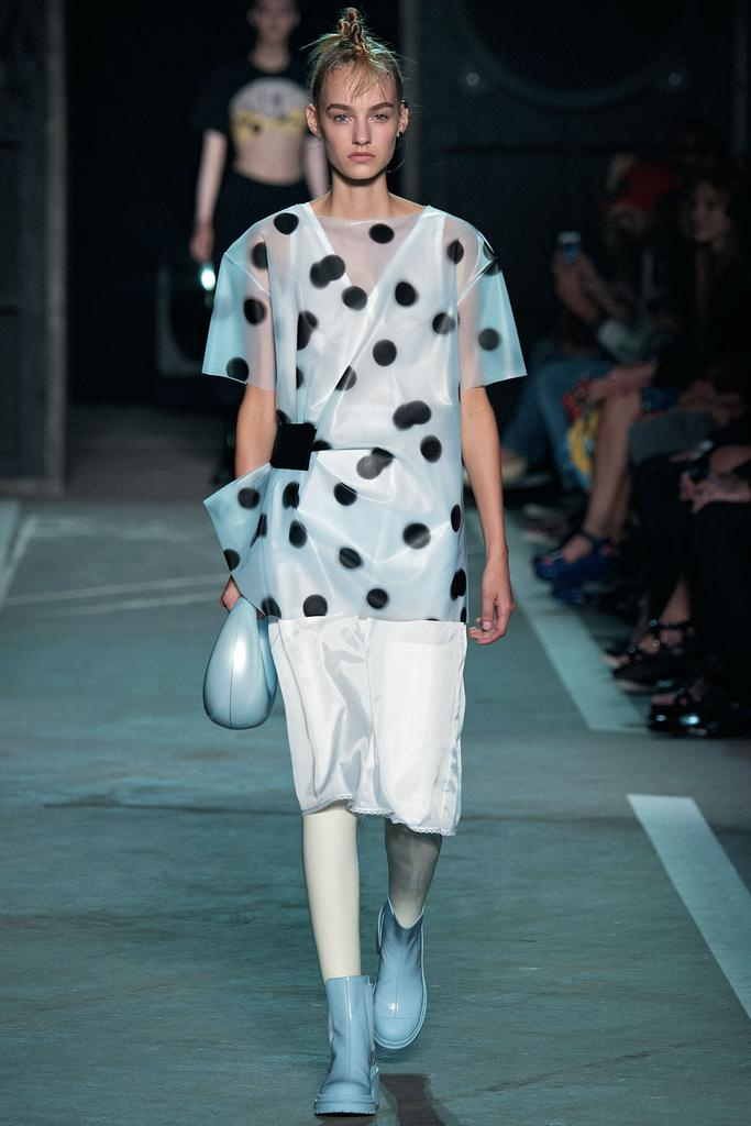 Marc by Marc Jacobs Ready To Wear SS 2015 NYFW (4)