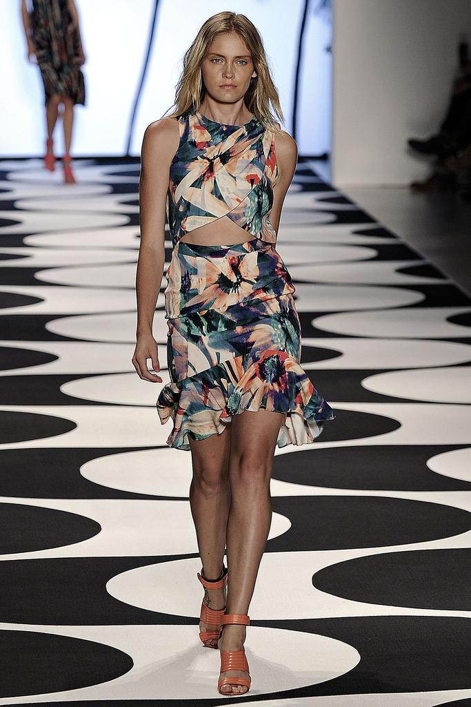 Nicole Miller Ready To Wear SS 2015 NYFW