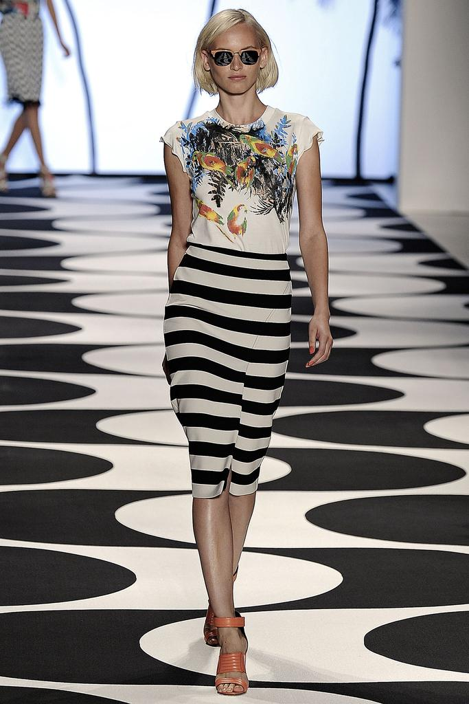 Nicole Miller Ready To Wear SS 2015 NYFW (9)