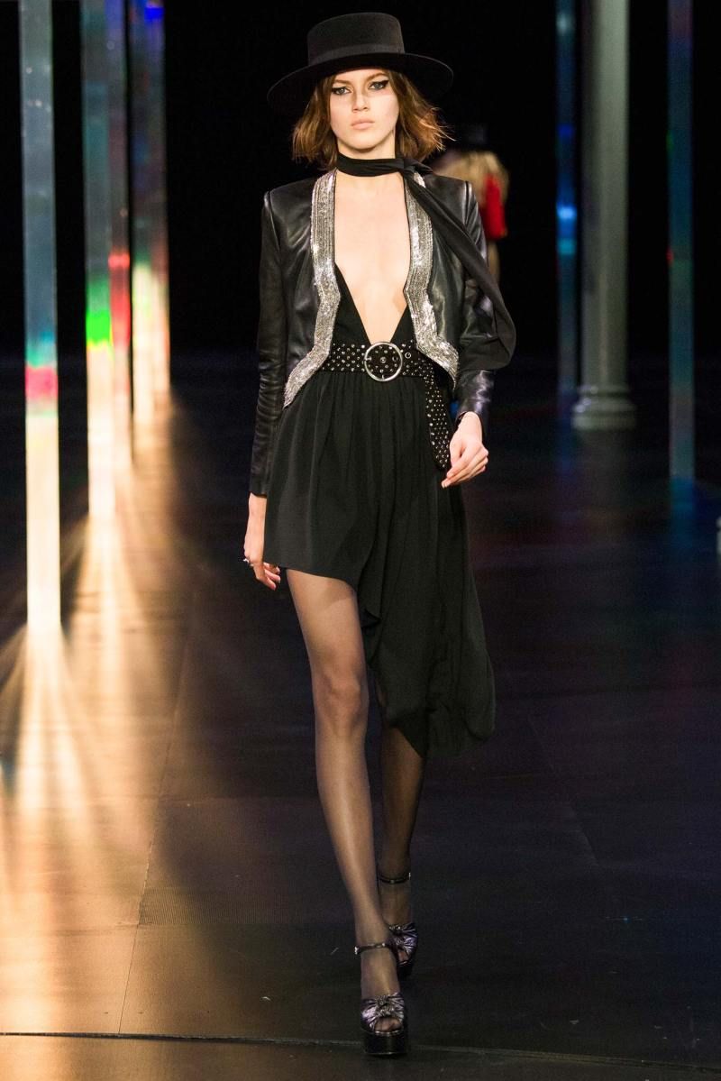 Saint Laurent SS 2015 PFW (33)