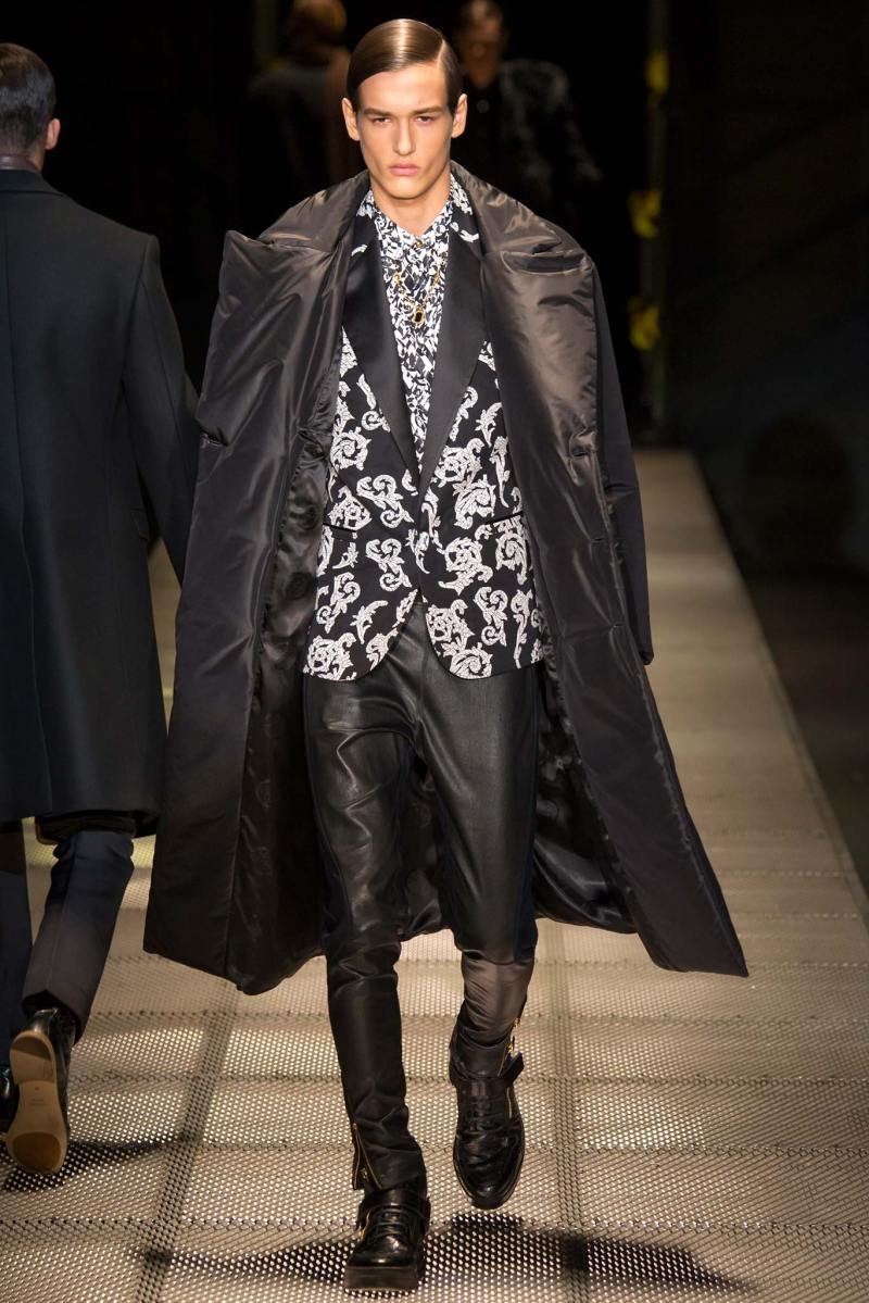 Versace Menswear FW 2015 Milan (46)