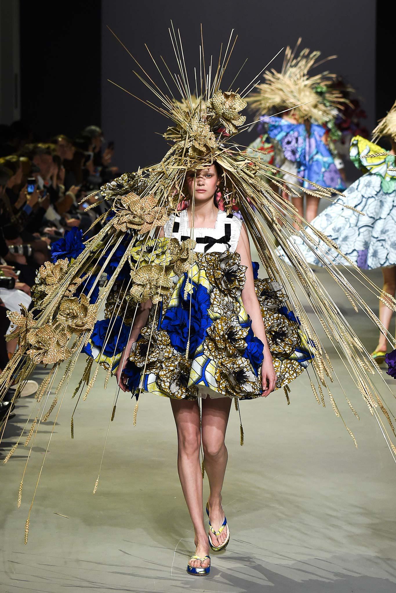 Viktor & Rolf Haute Couture SS 2015 Paris