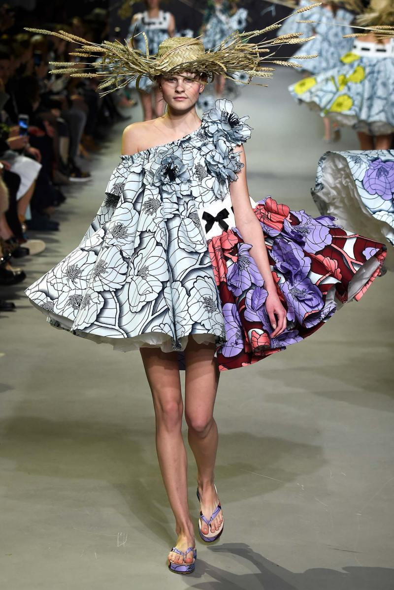 Viktor & Rolf Haute Couture SS 2015 Paris (5)