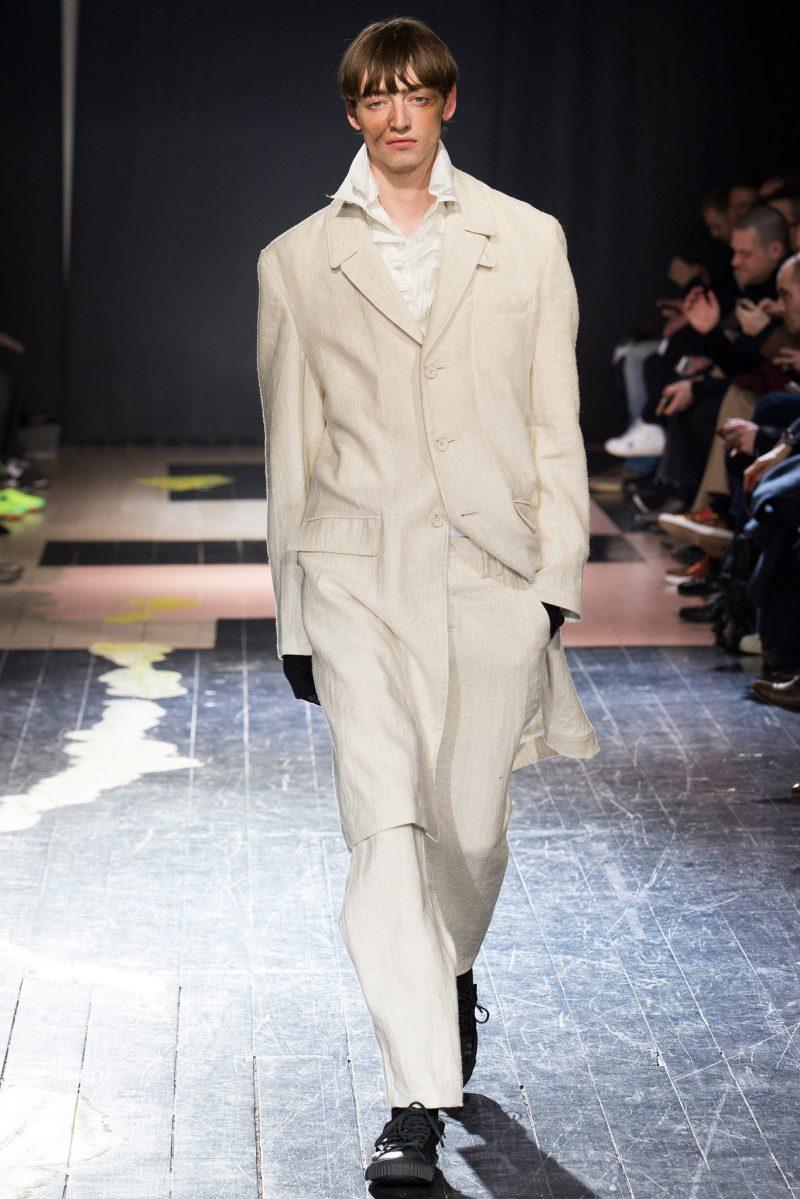 Yohji Yamamoto Menswear FW 2015 Paris (1)