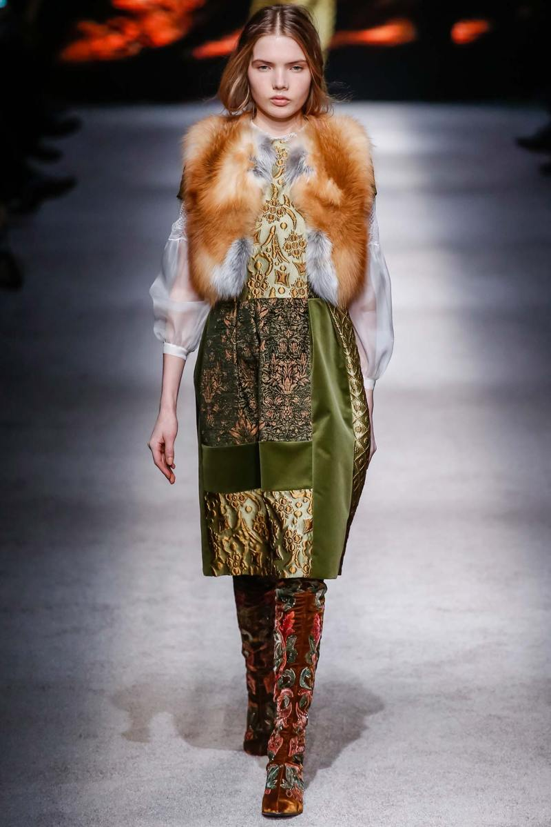 Alberta Ferretti Ready to Wear FW 2015 LFW (29)