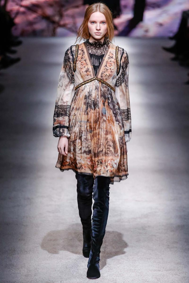 Alberta Ferretti Ready to Wear FW 2015 LFW (37)