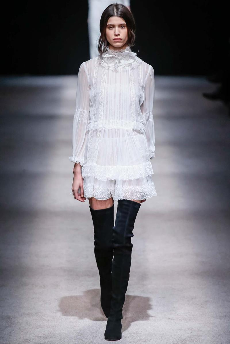 Alberta Ferretti Ready to Wear FW 2015 LFW (46)