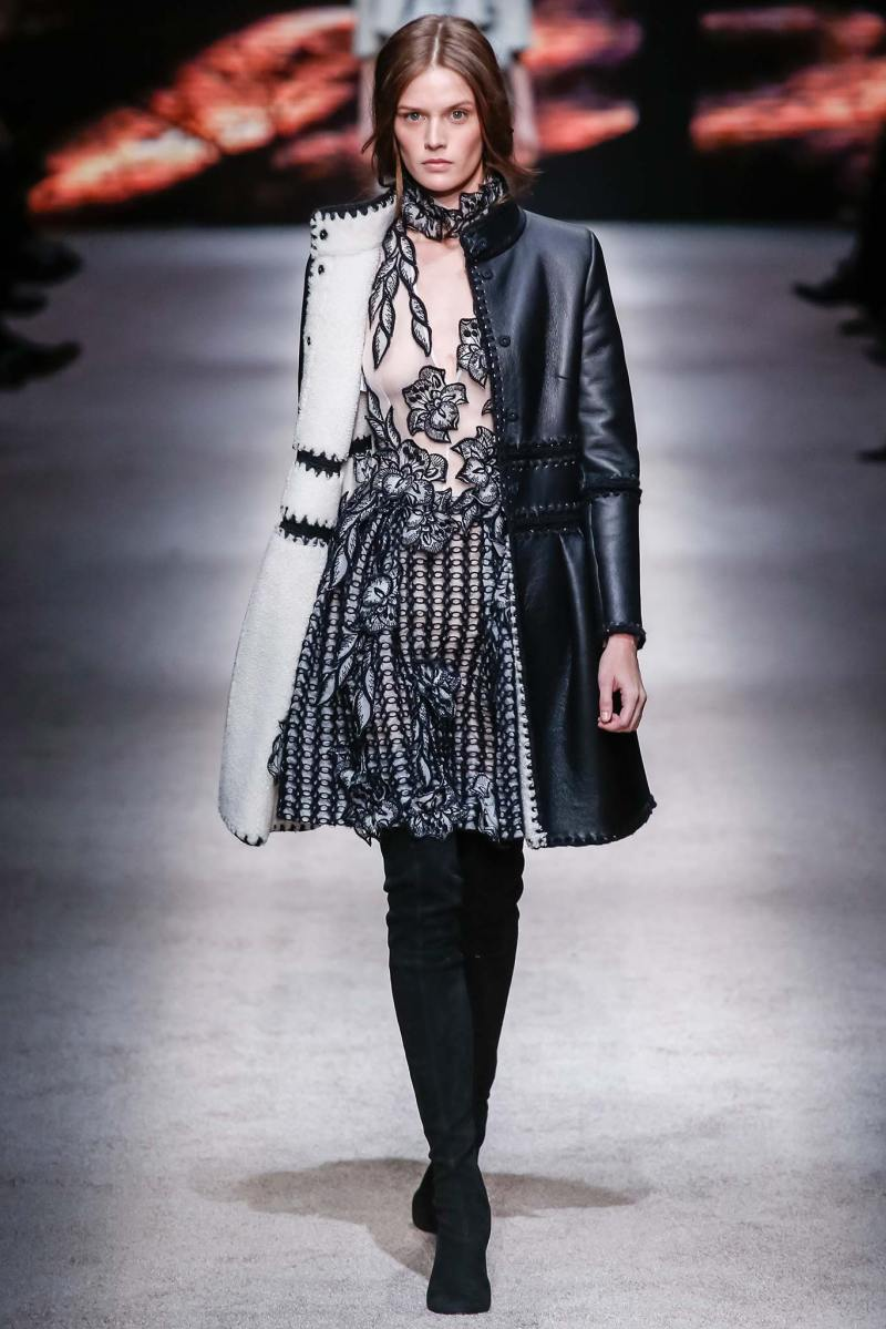 Alberta Ferretti Ready to Wear FW 2015 LFW (8)