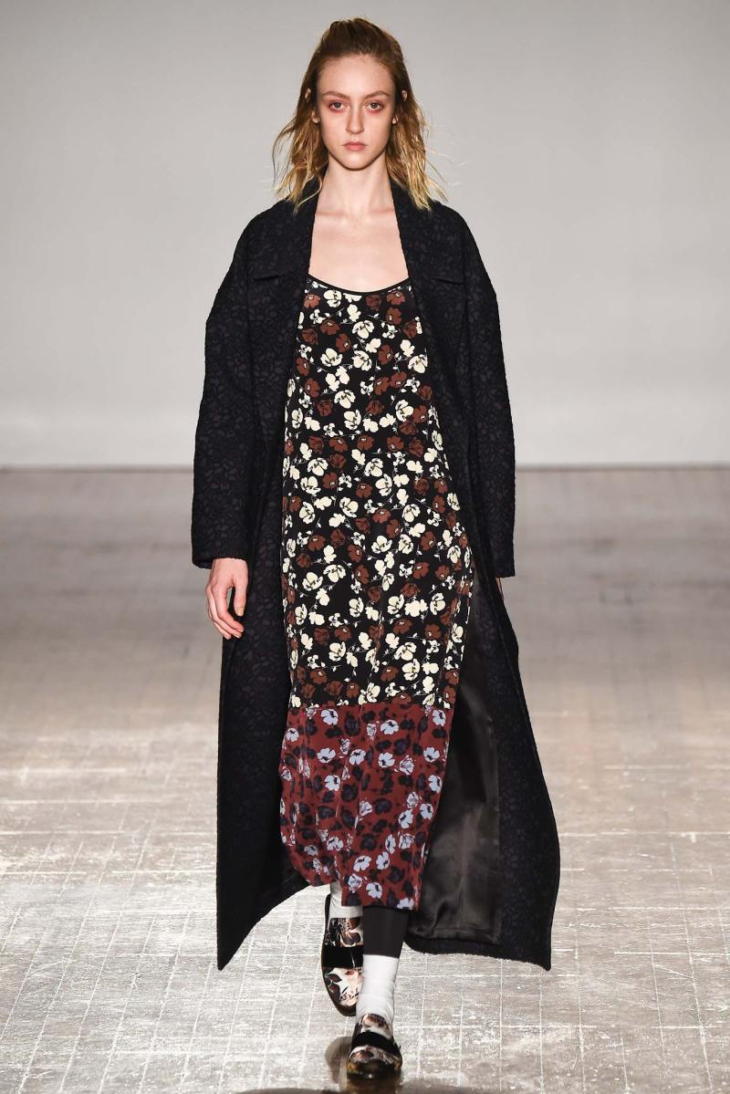 Mother of Pearl Ready to Wear FW 2015 LFW (1)