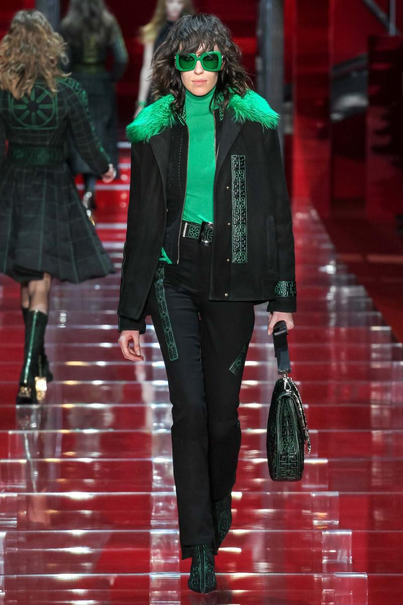 Versace Ready to Wear FW 2015 MFW (17)