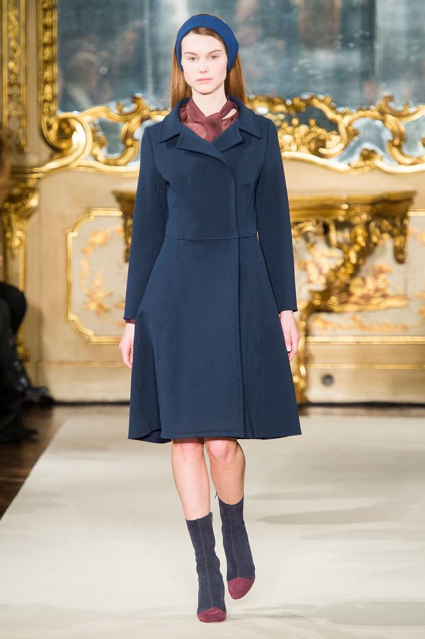chicca-lualdi-beequeen-autumn-fall-winter-2015-mfw18