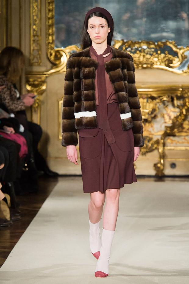 chicca-lualdi-beequeen-autumn-fall-winter-2015-mfw7