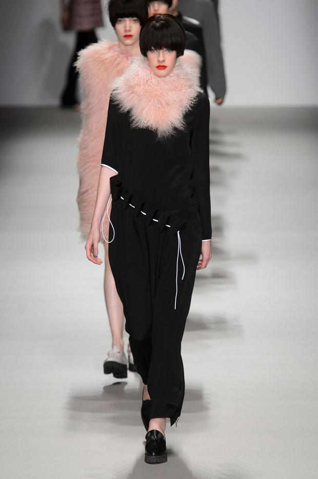 j-js-lee-autumn-fall-winter-2015-lfw35