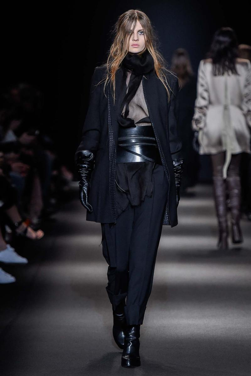 Ann Demeulemeester Ready to Wear FW 2015 PFW (13)