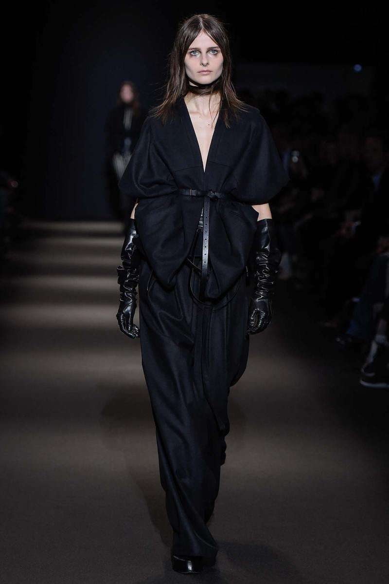 Ann Demeulemeester Ready to Wear FW 2015 PFW (5)