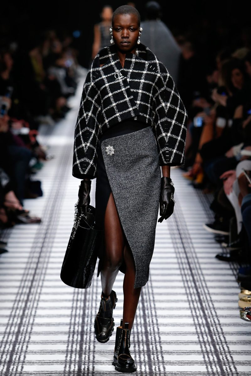 Balenciaga Ready to Wear FW 2015 PFW (2)