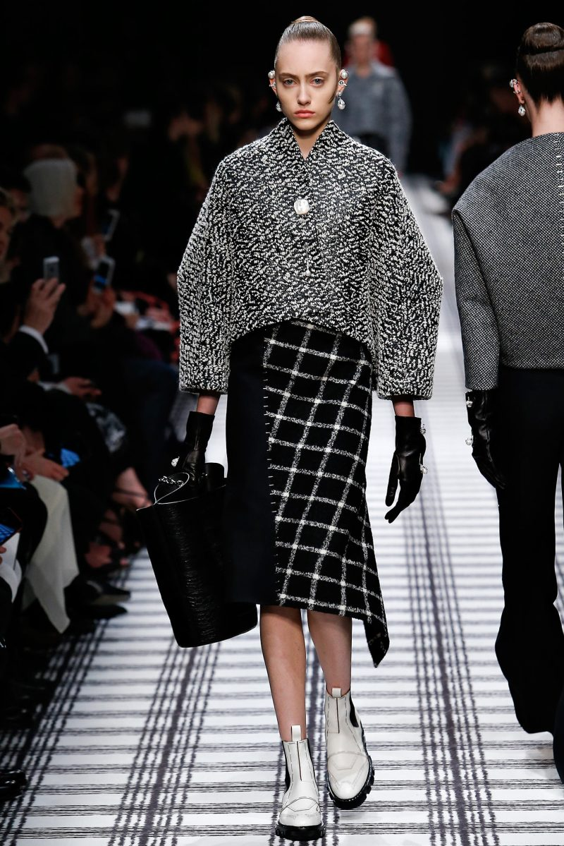 Balenciaga Ready to Wear FW 2015 PFW (6)