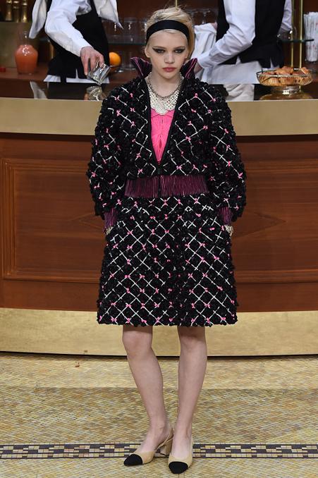 Chanel Ready to Wear FW 2015 PFW (13)