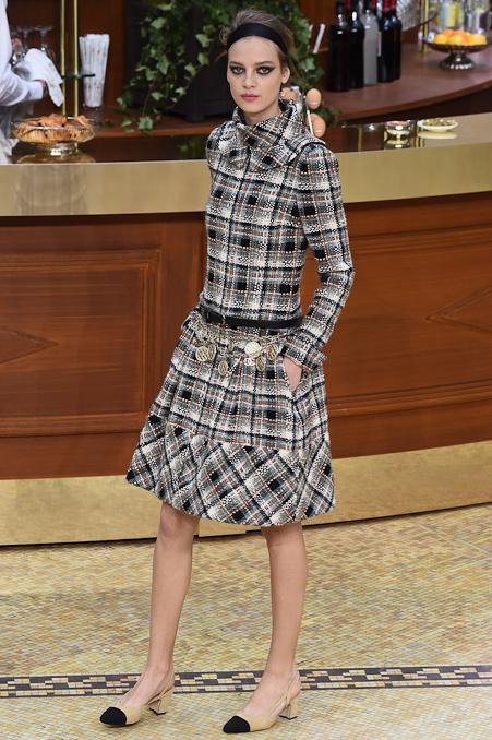 Chanel Ready to Wear FW 2015 PFW (17)