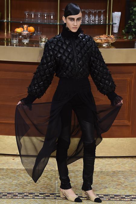 Chanel Ready to Wear FW 2015 PFW (18)
