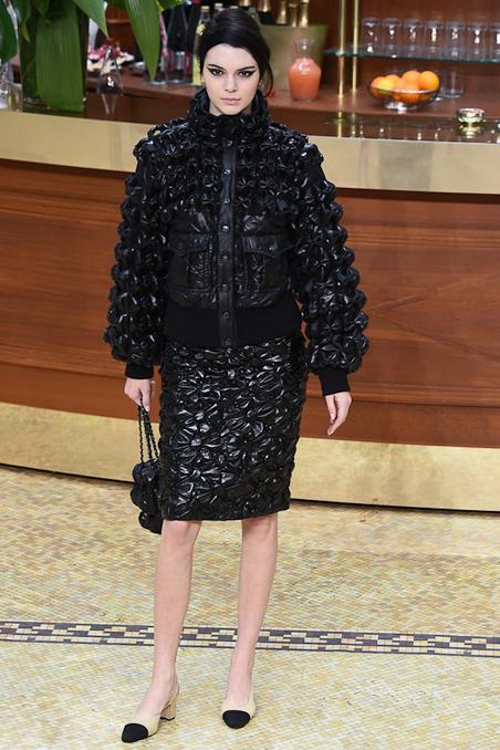 Chanel Ready to Wear FW 2015 PFW (4)