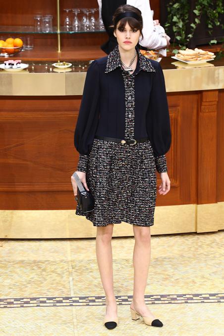 Chanel Ready to Wear FW 2015 PFW (48)