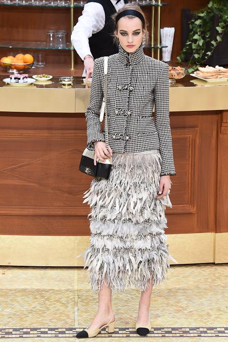 Chanel Ready to Wear FW 2015 PFW (58)