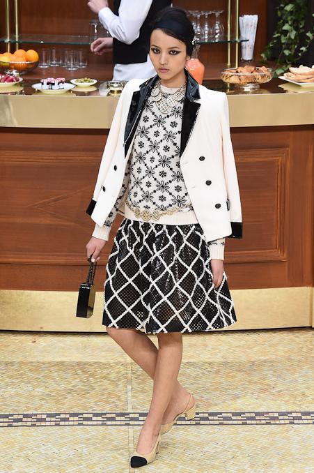Chanel Ready to Wear FW 2015 PFW (59)