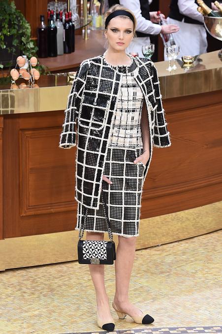 Chanel Ready to Wear FW 2015 PFW (65)