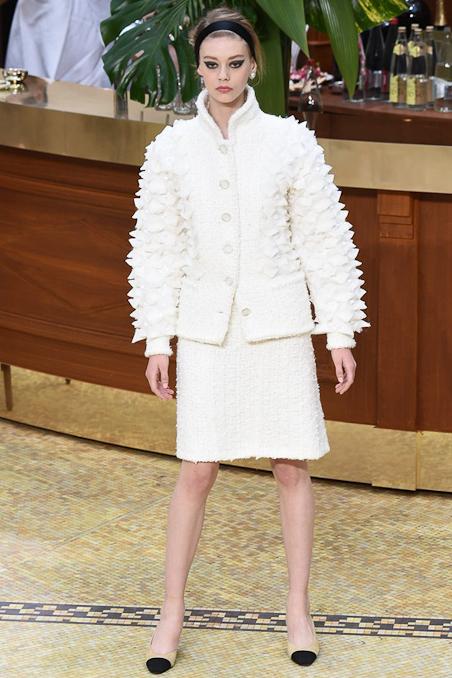 Chanel Ready to Wear FW 2015 PFW (7)