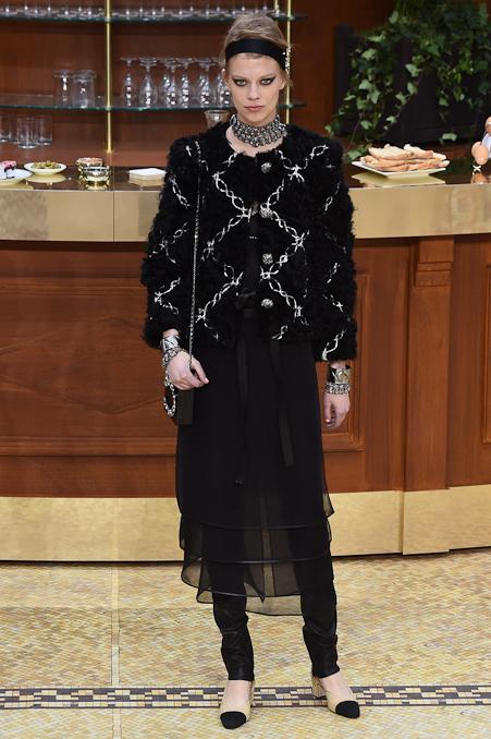 Chanel Ready to Wear FW 2015 PFW (76)