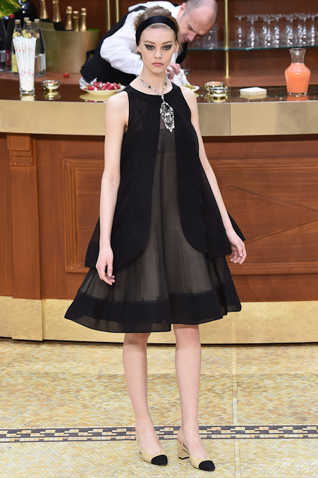 Chanel Ready to Wear FW 2015 PFW (89)