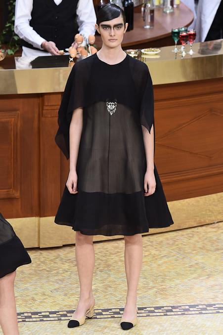 Chanel Ready to Wear FW 2015 PFW (93)