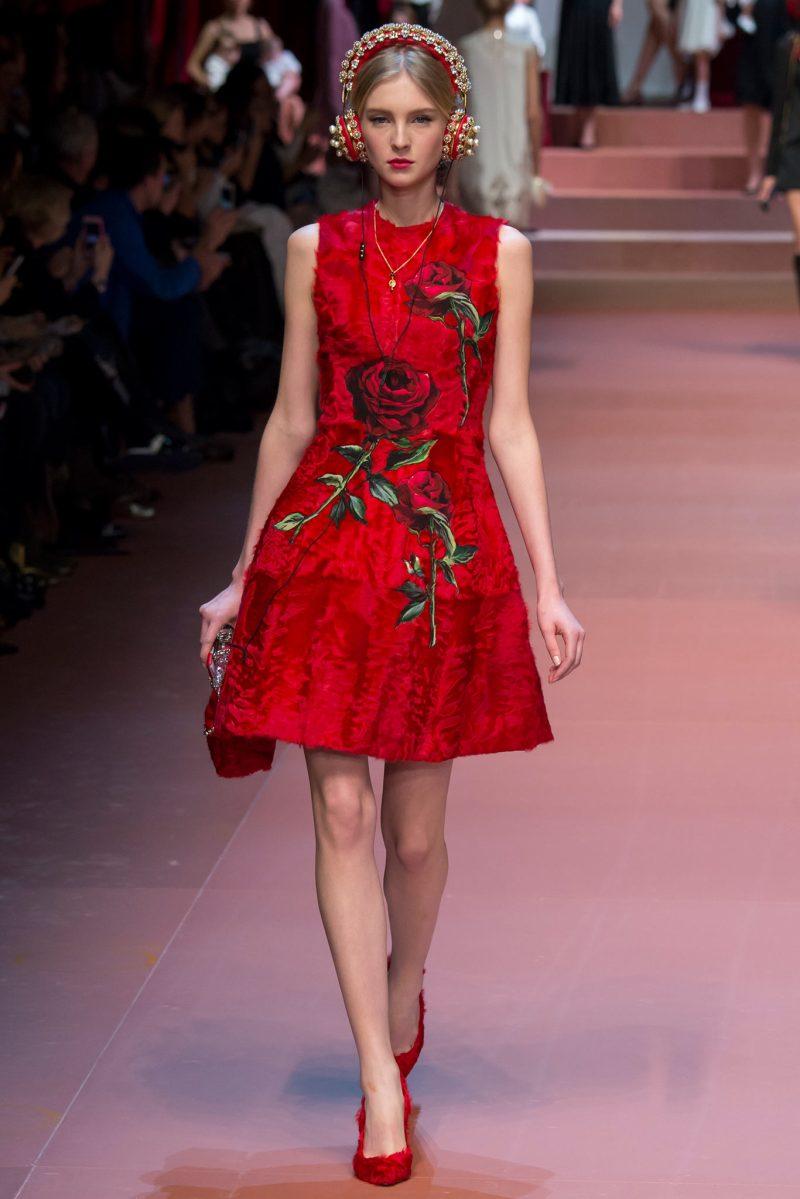 Dolce & Gabbana Ready to Wear FW 2015 MFW (20)