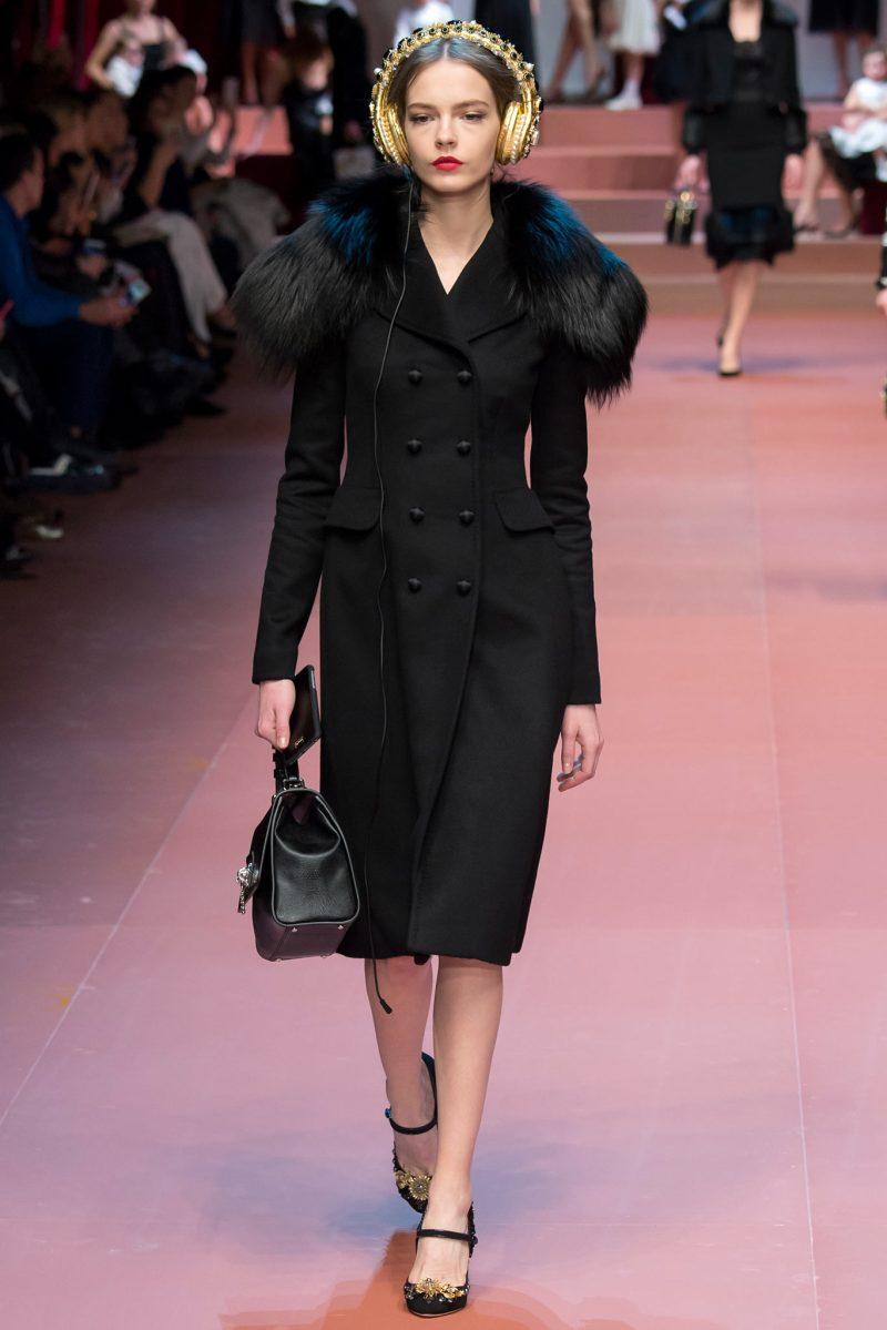 Dolce & Gabbana Ready to Wear FW 2015 MFW (32)