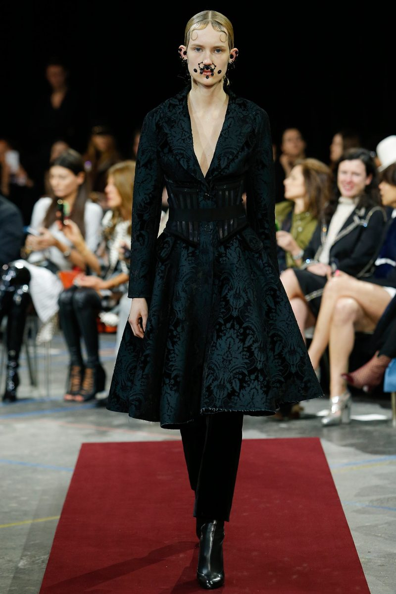 Givenchy Ready to Wear FW 2015 PFW (9)