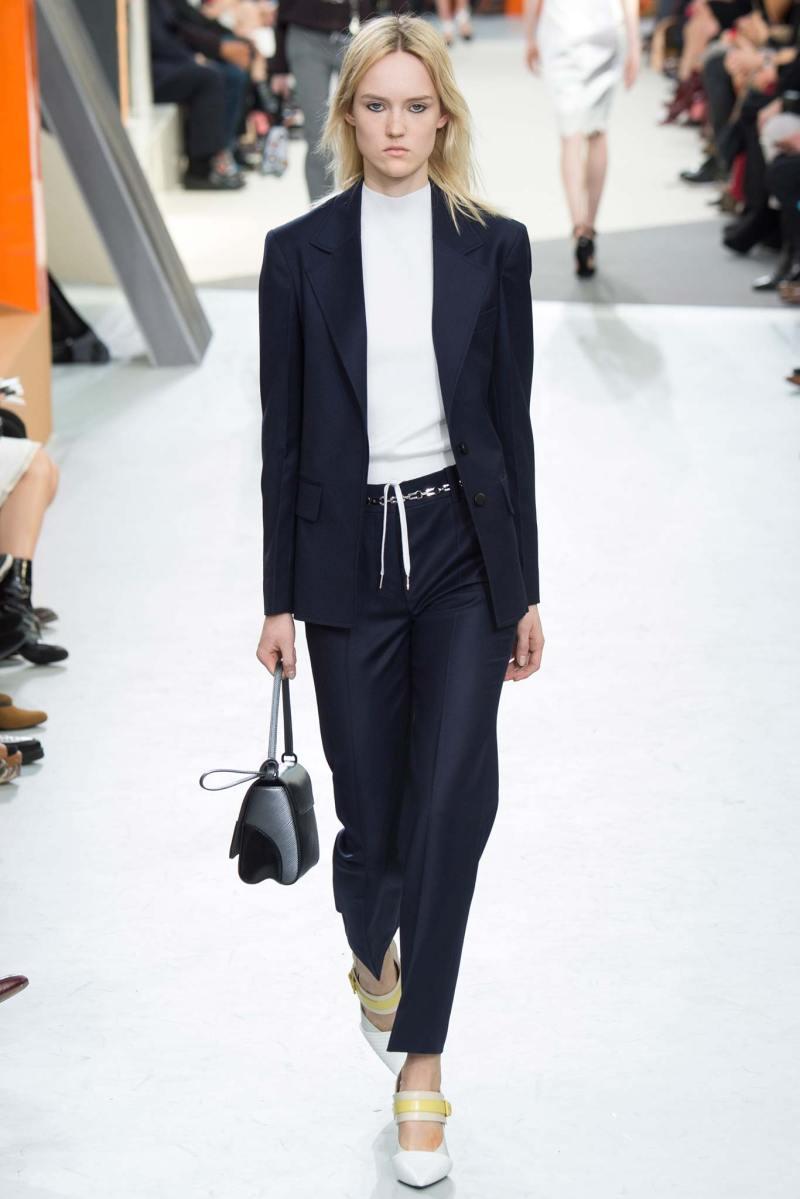 Louis Vuitton Ready to Wear FW 2015 PFW (14)
