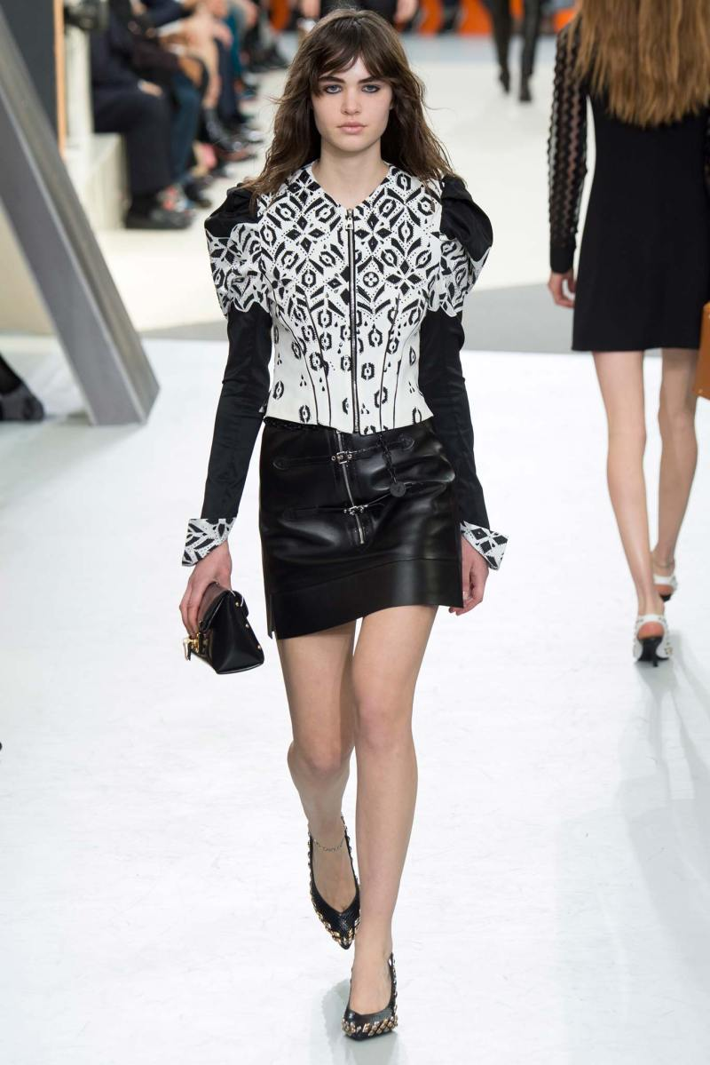 Louis Vuitton Ready to Wear FW 2015 PFW (45)