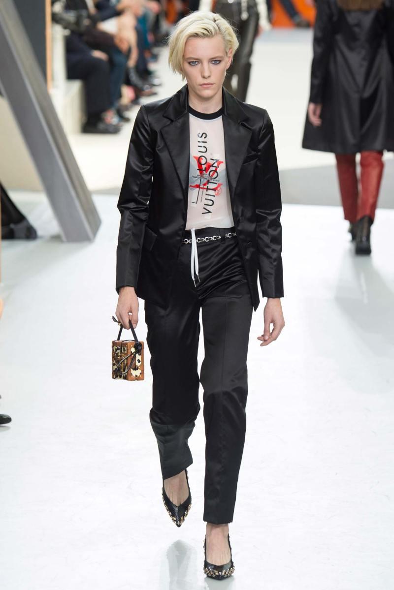 Louis Vuitton Ready to Wear FW 2015 PFW (46)