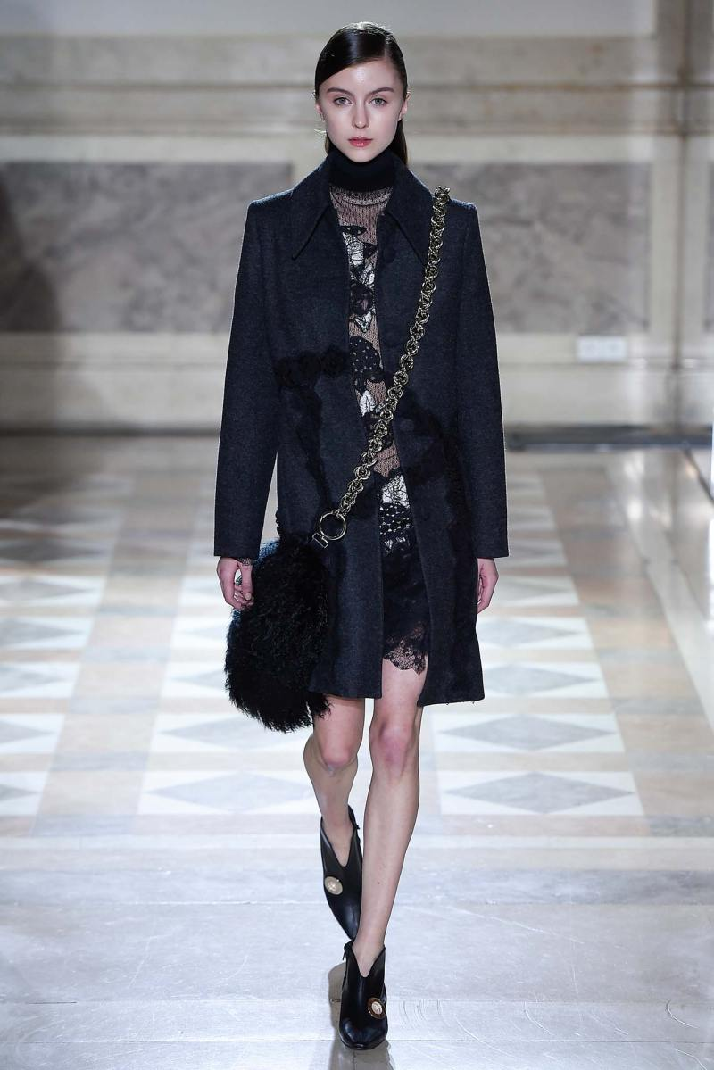Sharon Wauchob Ready to Wear FW 2015 PFW (14)