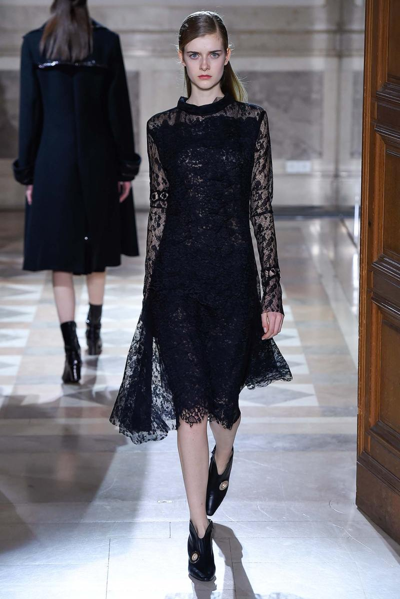 Sharon Wauchob Ready to Wear FW 2015 PFW (19)