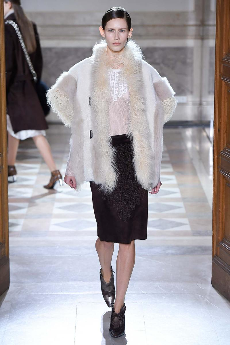 Sharon Wauchob Ready to Wear FW 2015 PFW (5)
