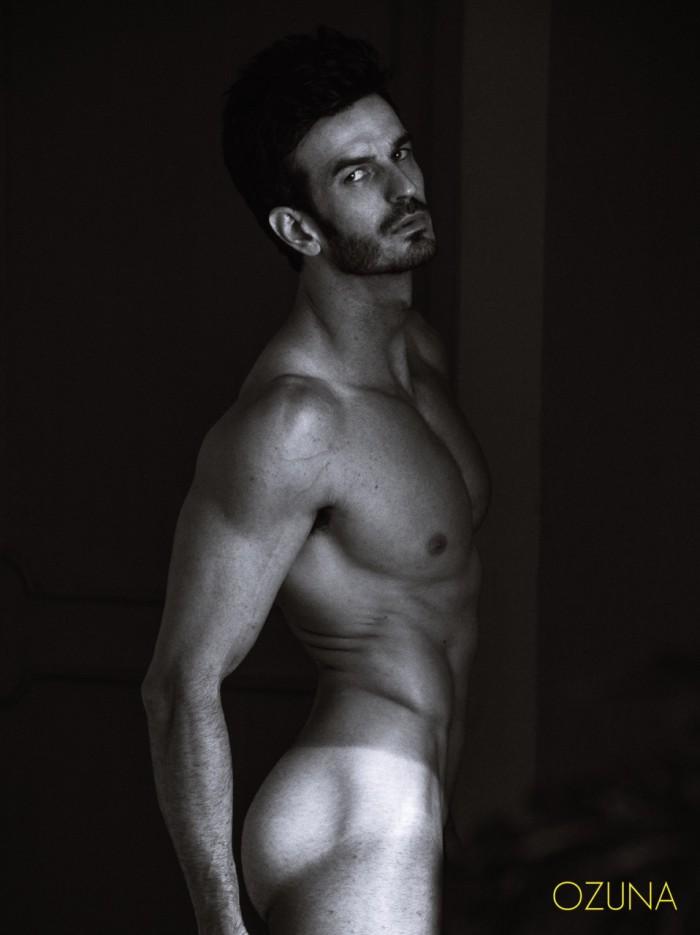 RODRIGO PUERTAS by photographer Victor Ozuna