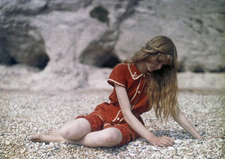 Some of the First Color Photographs by Mervyn O'Gorman  (1)