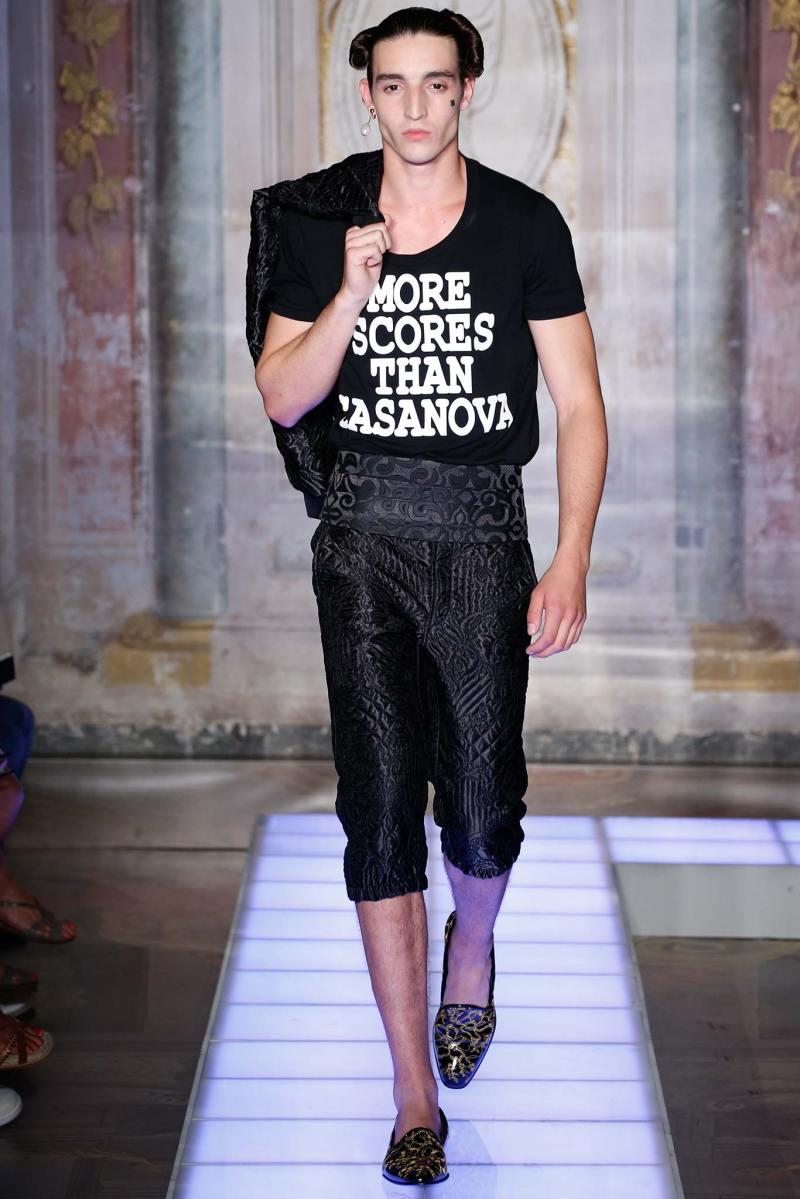 Moschino Menswear SS 2016 (15)