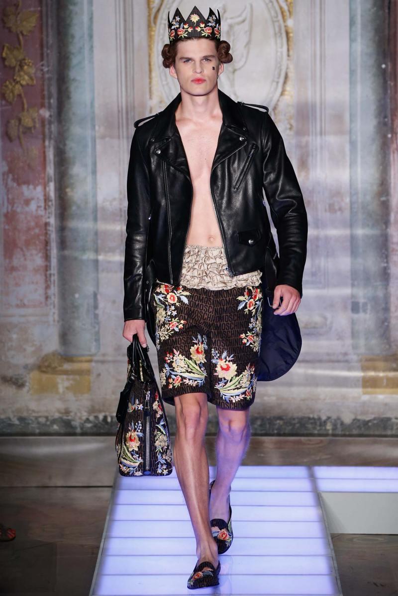 Moschino Menswear SS 2016 (19)