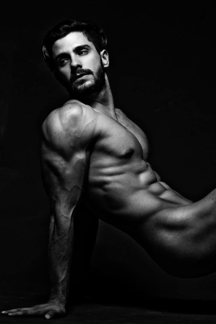 Orlando Baronne by photographer Ronaldo Gutierrez (7)